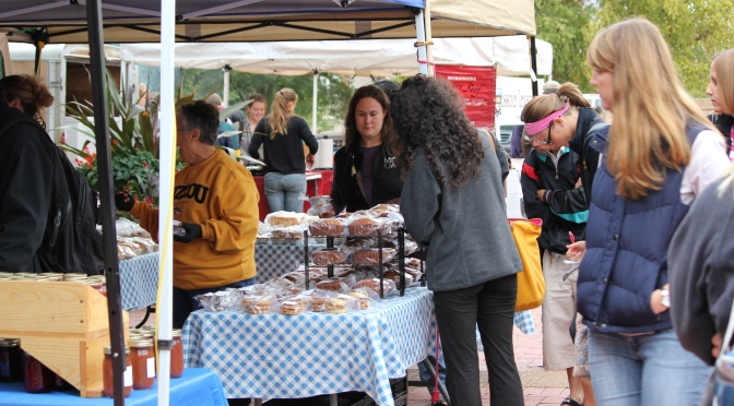 Campus Farmer's Market Brings Fresh and Local Vittles to MU Students!